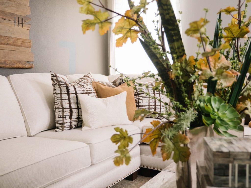 white sofa and sofa table